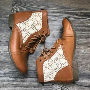 Women's Leather & Lace Booties